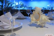 Морской аквариум в ресторане